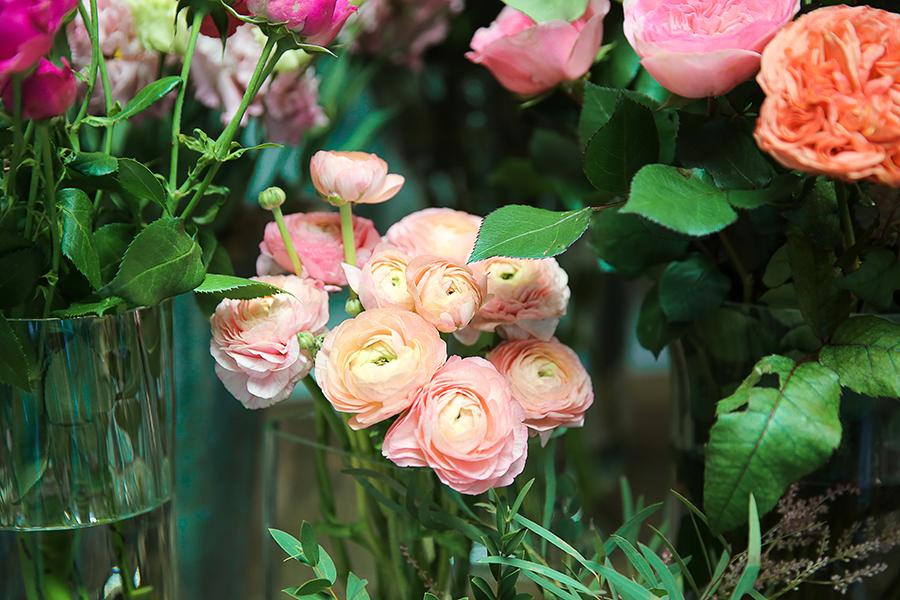 Купить цветы в минске утром