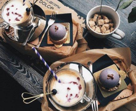 Ресторанная хроника: самый дешевый бар на Зыбицкой, кафе-пекарня и новый демократичный «Золотой гребешок»