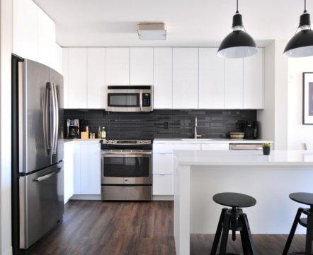 И несколько лайфхаков: какие кухни в минских квартирах делают дизайн-студии