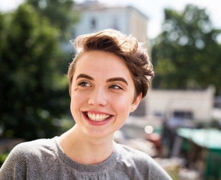 Косметичка: дизайнер об аллергии, белорусской косметике и акценте в макияже