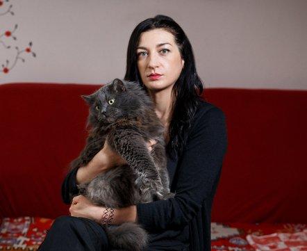 Косметичка: актриса о средствах против старения, о косметологах и о том, как сделать волосы лучше