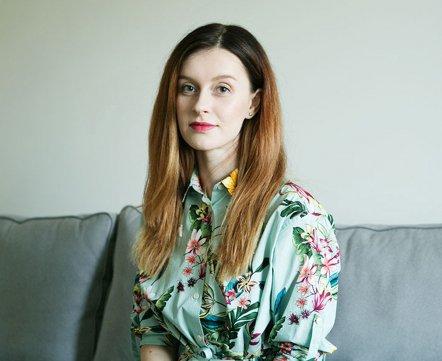 Косметичка: дизайнерка о морщинах, неудачных походах к косметологу и аптечном шампуне