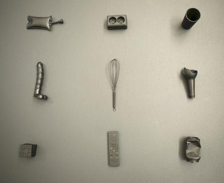Тут собрали 400 объектов, которые заставляют минчан бояться. Гид по выставке, которую вы не увидите
