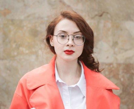 Уличная мода: юристка, предпочитающая белорусский трикотаж, и косметологиня, миксующая бренды