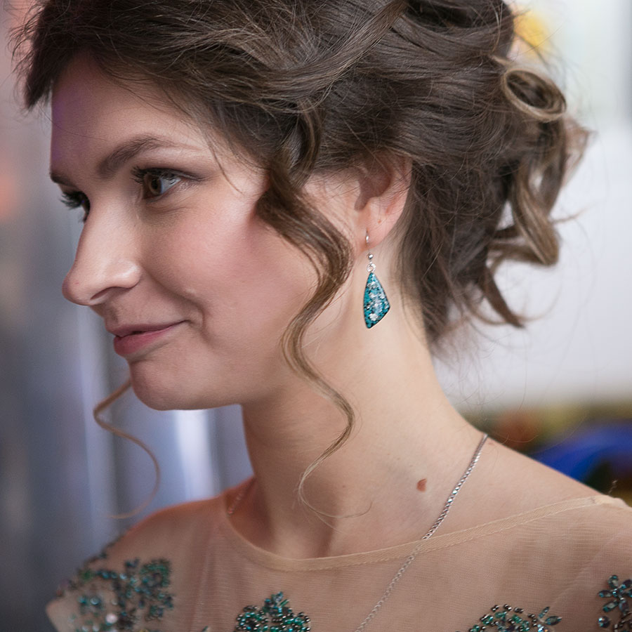 Фото русской жены одетой и раздетой 1 фотография