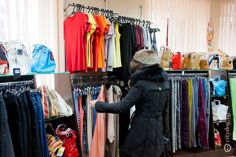 Любовь рекомендует пополнять магазины новым товаром каждую неделю – «чтобы  радовать покупателей». В среднем закупка товара обойдется от 5 000  и выше,  ... bdee78a1ee9