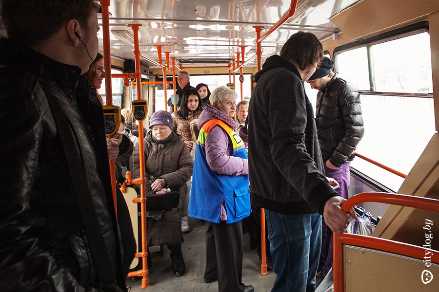 Провоз рюкзака в автобусе шведский рюкзак на раме