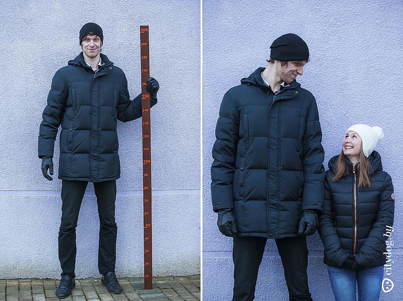 Большой парень и хрупкая девушка фото
